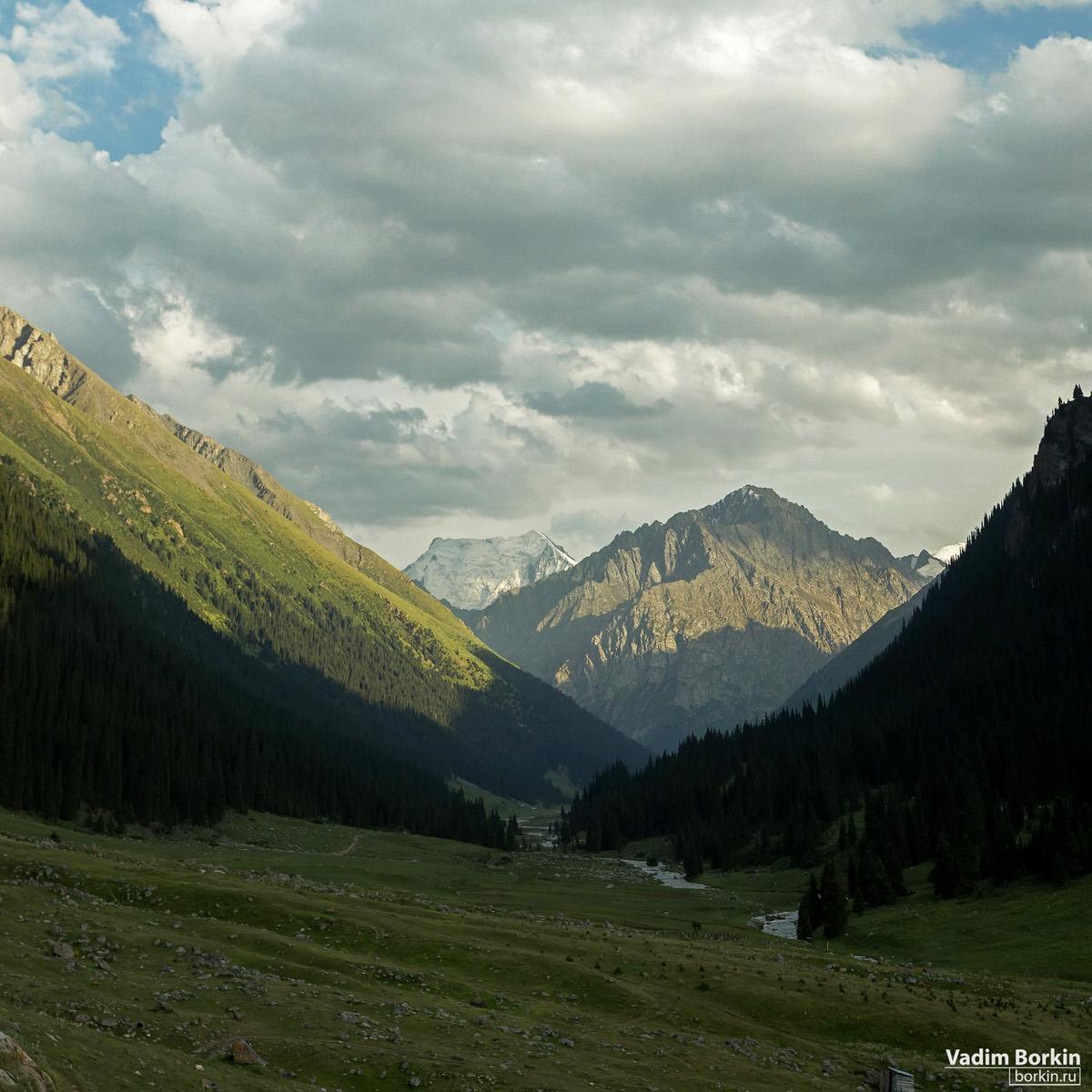 фото пик Палатка, горы Киргизии