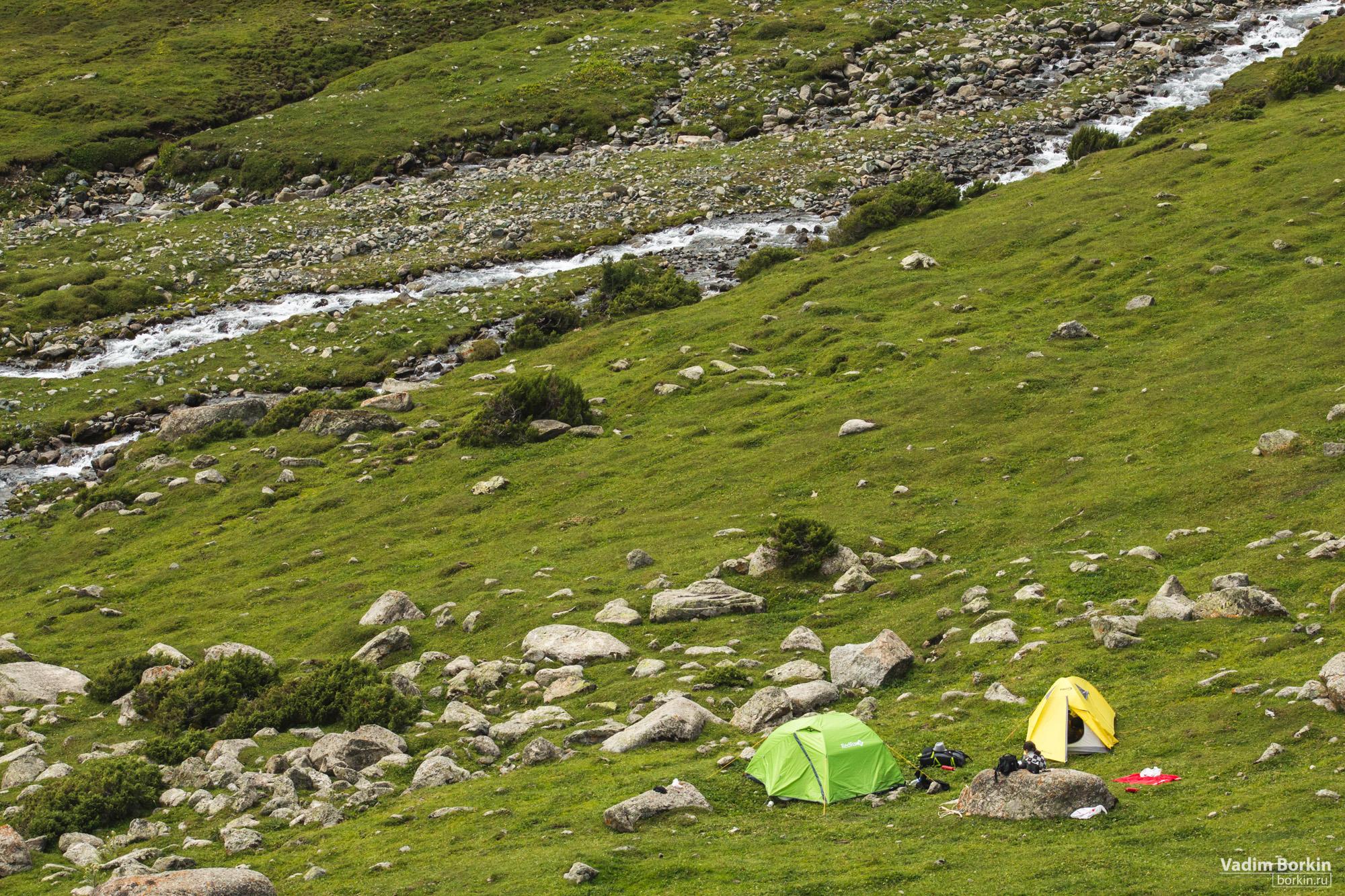 фото палатки в горах