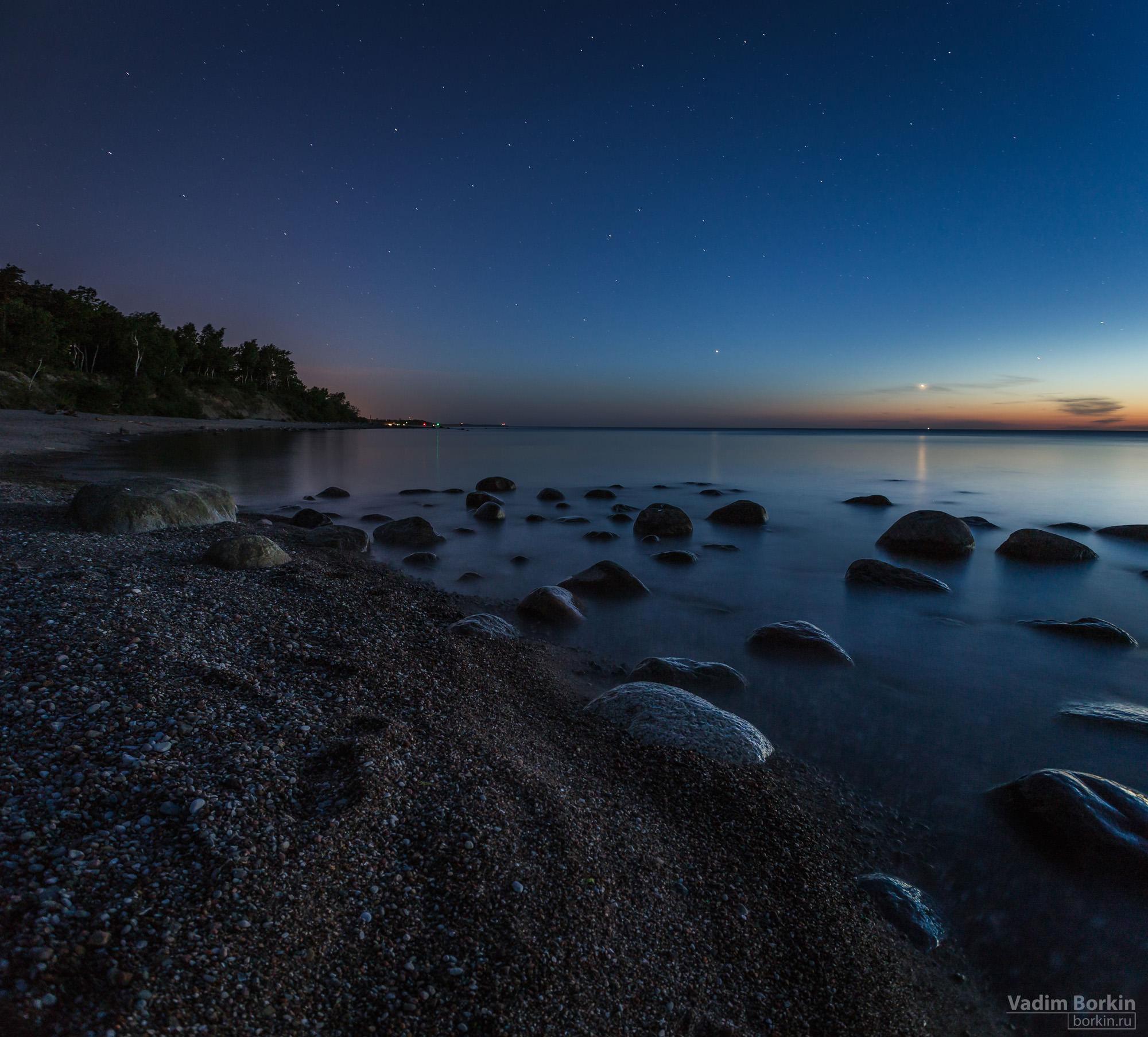 фото берега балтийского моря ночью